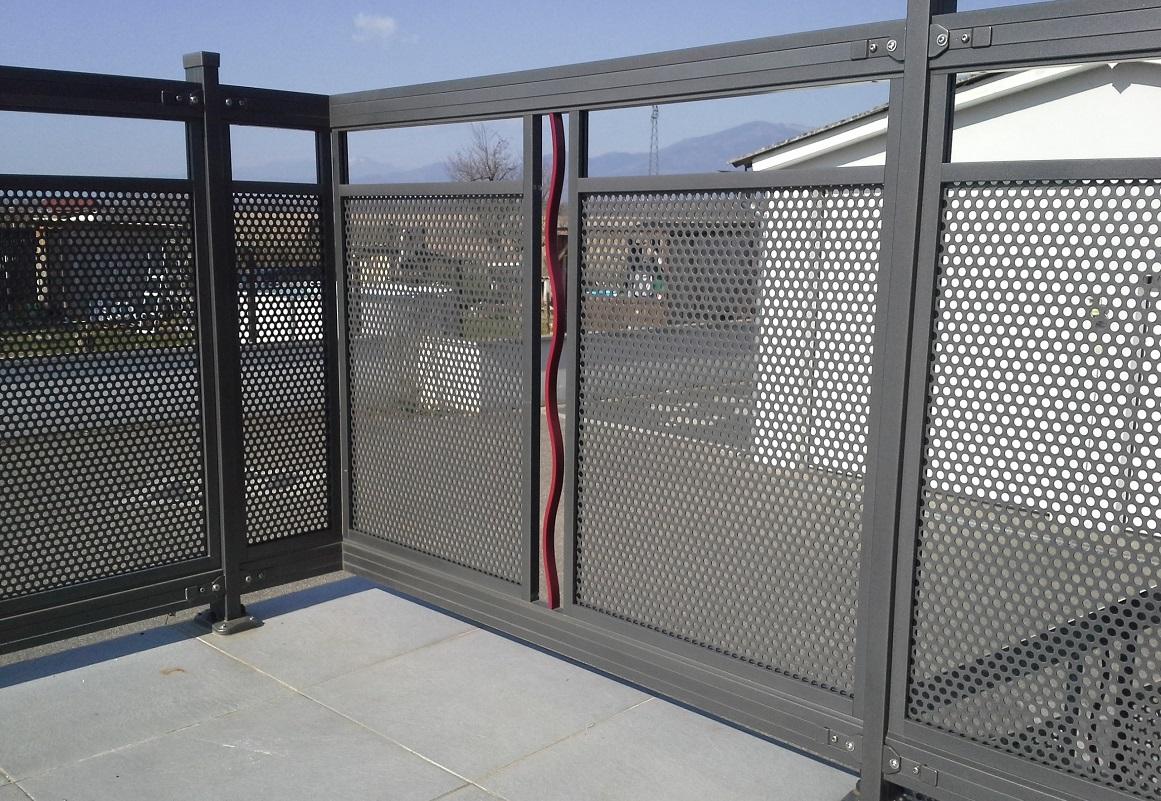 Garde corps aluminium ou vitré > PERFORE