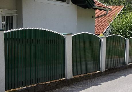 Clôtures aluminium > LATTES CLASSIQUES